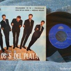 Discos de vinilo: LOS 5 DEL PLATA - PELUQUERO YE YE / PECOSILLA / CHA DE LA LUNA / MEDIAS ROJAS EP 1966 BERTA. Lote 152456078