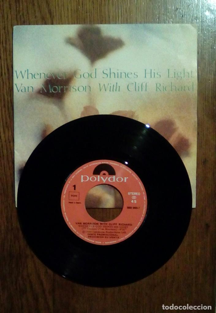 Discos de vinilo: Van Morrison with Cliff Ricard, Whenever god shines his light, Polydor, 1989. Spain. - Foto 3 - 153272918