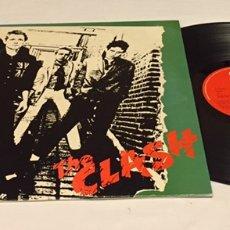 Discos de vinilo: THE CLASH - THE CLASH LP, REEDICIÓN, 1982, ESPAÑA. Lote 156675280