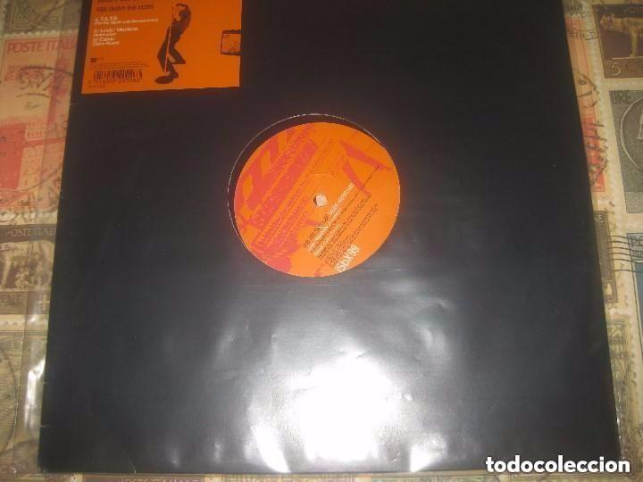 BLUES EXPLOSION LOVIN MACHINE CALVIN (1999-MUTE RECORDS) ORIGINAL UK LEA DESCRIPCION (Música - Discos de Vinilo - Maxi Singles - Punk - Hard Core)