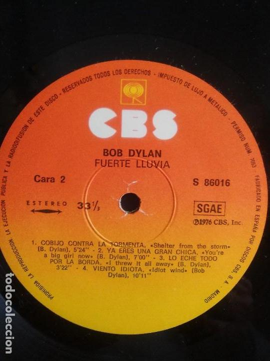 Discos de vinilo: BOB DYLAN - HARD RAIN. LP ORIGINAL SPAIN .S 86016. CBS RECORDS 1976 CON ENCARTE (LETRAS CANCIONES) - Foto 6 - 153592366