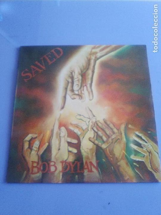 Discos de vinilo: LP BOB DYLAN SAVED.SPAIN AÑO 1980. CBS 86113. + ENCARTE + LETRAS. - Foto 2 - 153594586