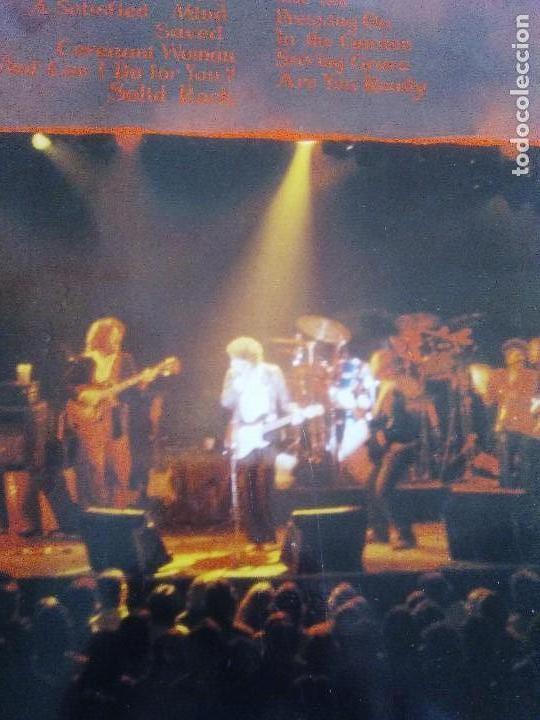 Discos de vinilo: LP BOB DYLAN SAVED.SPAIN AÑO 1980. CBS 86113. + ENCARTE + LETRAS. - Foto 4 - 153594586