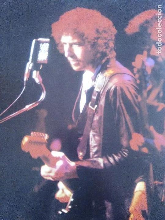 Discos de vinilo: LP BOB DYLAN SAVED.SPAIN AÑO 1980. CBS 86113. + ENCARTE + LETRAS. - Foto 8 - 153594586