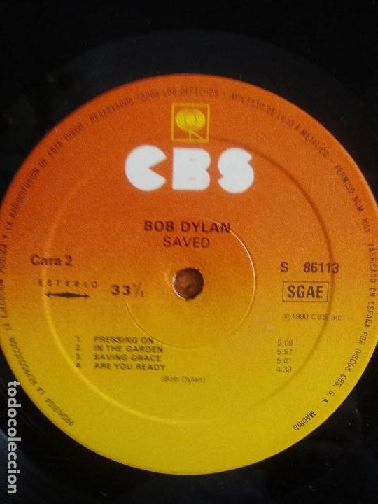 Discos de vinilo: LP BOB DYLAN SAVED.SPAIN AÑO 1980. CBS 86113. + ENCARTE + LETRAS. - Foto 14 - 153594586