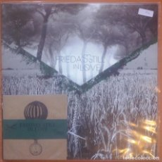 Discos de vinilo: FRIEDA'S STILL IN LOVE (VINILO). Lote 153827686