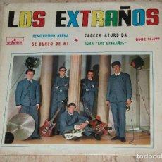 Discos de vinilo: LOS EXTRAÑOS - SE BURLO DE MI+3- PSYCH GARAGE -1964. Lote 153931086