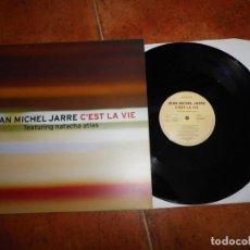 Discos de vinilo: JEAN MICHEL JARRE & NATACHA ATLAS C´EST LA VIE MAXI SINGLE VINILO PROMO DEL AÑO 1999 FRANCIA 2 TEMAS. Lote 154317774