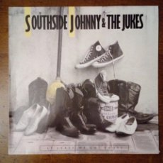 Discos de vinilo: SOUTHSIDE JOHNNY & THE JUKES - AT LEAST WE GOT SHOES, RCA, 1986. GERMANY.. Lote 155146534