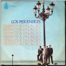 Discos de vinilo: LOS PEKENIKES - FRENTE A PALACIO / TRAPOS VIEJOS - SINGLE 1966. Lote 155218818
