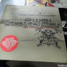 Discos de vinilo: POP WILL EAT ITSELF DOBLE LP TWO FINGERS MY FRIENDS! DOBLE LP U.K. 1995. Lote 155286364