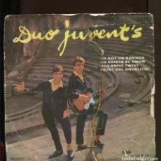 Discos de vinilo: DUO JUVENT'S. YO SOY UN ROCKER. VERGARA 1962. EP. DEDICADO POR EL DUO. Lote 155660658