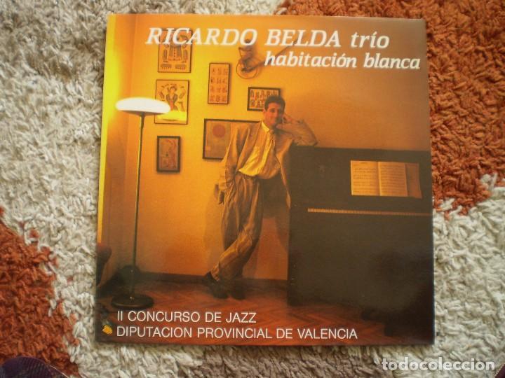 LP. RICARDO BELDA TRIO. HABITACION BLANCA. II CONCURSO DE JAZZ . AÑO 1990. MUY BUENA CONSERVACION. (Música - Discos - LP Vinilo - Jazz, Jazz-Rock, Blues y R&B)