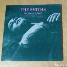 Discos de vinilo: THE SMITHS - THE QUEEN IS DEAD (LP REEDICIÓN, GATEFOLD, CON ENCARTE) NUEVO. Lote 178205713