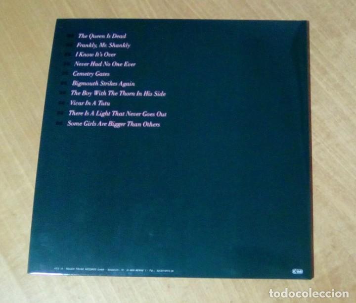 Discos de vinilo: THE SMITHS - The Queen Is Dead (LP reedición, gatefold, con encarte) NUEVO - Foto 3 - 178205713