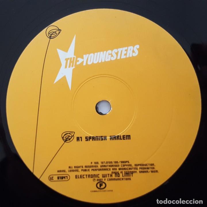 Discos de vinilo: MAXI / The Youngsters ?– Spanish Harlem / 2001 FRANCIA - Foto 3 - 156628938