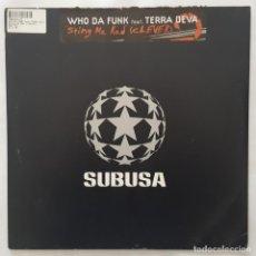Discos de vinilo: MAXI / WHO DA FUNK FEAT. TERRA DEVA ?– STING ME RED (CLEVER) / 2002 USA. Lote 156629738