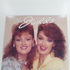 Discos de vinilo: THE JUDDS ROCKIN' WITH THE RHYTHM ( 1985 RCA USA ) EXCELENTE ESTADO COUNTRY. Lote 156780314