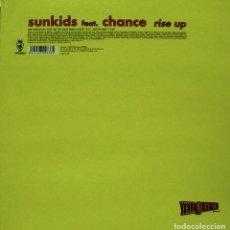 Discos de vinilo: SUNKIDS FEAT. CHANCE - RISE UP MAXI SINGLE 12 SPAIN 2000. Lote 156861358