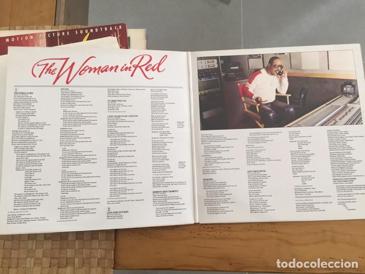 Discos de vinilo: THE WOMAN IN RED-LA MUJER DE ROJO-LP BSO MADE IN GERMANY-ORIÓN PICTURE 1984 - Foto 3 - 157014725