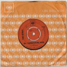 Discos de vinilo: THE BYRDS MR TAMBOURINE MAN / I KNEW I'D WANT YOU ORIG 1965 UK SINGLE CBS 201765 GENE CLARK. Lote 157091470