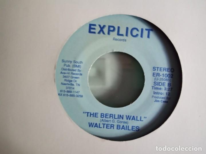 Discos de vinilo: WALTER BAILES TIANANMEN SQUARE / THE BERLIN WALL COUNTRY ORIGINAL USA 1989 RARO NM - Foto 2 - 157386542