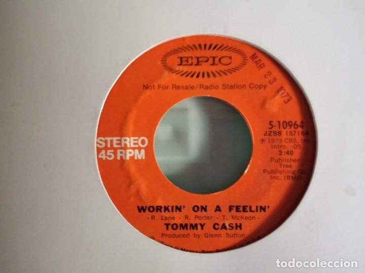 Discos de vinilo: TOMMY CASH WORKIN' ON A FEELIN' PROMO R`N`R COUNTRY ORIGINAL USA 1973 NM - Foto 2 - 157389518