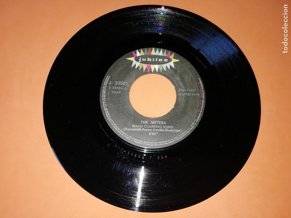 Discos de vinilo: THE METERS - HAND CLAPPING SONG - CHICKEN STRUT SINGLE 45 R.P.M. - JUBILEE - 1970.RARO. - Foto 3 - 157728226
