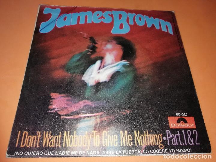 Discos de vinilo: JAMES BROWN / NO QUIERO QUE NADIE ME DE NADA, ABRE LA PUERTA, LO COGERE YO MISMO (PARTES 1 Y 2 (1969 - Foto 2 - 157729230