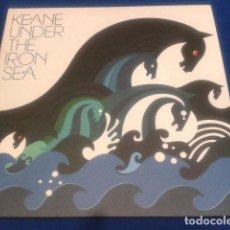 Discos de vinilo: LP 2 VINILOS ( KEANE UNDER THE IRON SEA ) 2006 ISLAND DOBLE LP ENCARTES CON LAS CANCIONES RARO. Lote 108868067