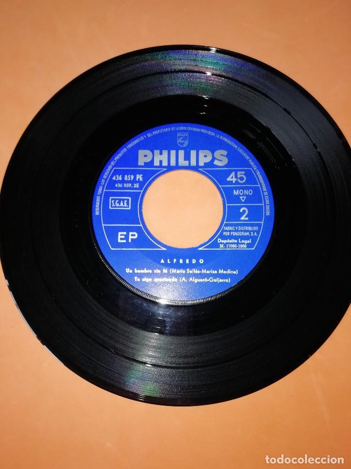 Discos de vinilo: ALFREDO / Otro/Necesito/Un hombre sin fe/Te sigo queriendo EP 1966 Philips BUEN ESTADO - Foto 5 - 158020142