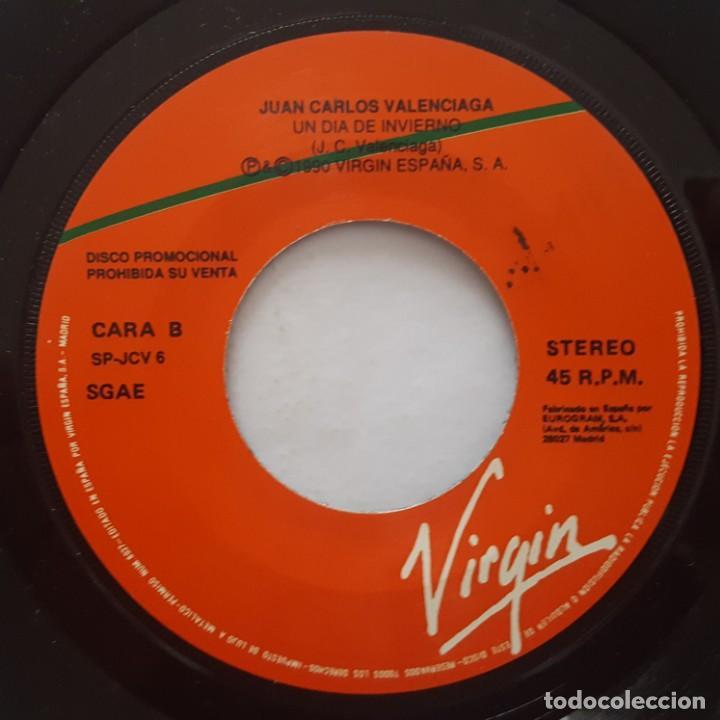 Discos de vinilo: SINGLE / JUAN CARLOS VALENCIAGA / UN DÍA DE INVIERNO / 1990 PROMO - Foto 4 - 158140866