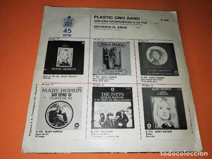 Discos de vinilo: PLASTIC ONO BAND. DEN UNA OPORTUNIDAD A LA PAZ / RECUERDA EL AMOR. APPLE. MADRID 1969 - Foto 2 - 158367494