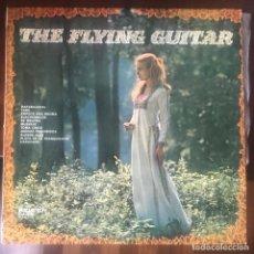 Discos de vinilo: THE FLYING GUITAR BELTER 1971 LIBRARY BUEN ESTADO. Lote 158895866