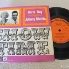Discos de vinilo: SHOW TIME DORIS DAY JOHNNY MATHIS EP MADE IN ENGLAND. Lote 158973198