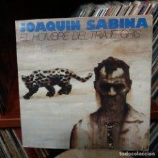 Discos de vinilo: JOAQUIN SABINA - EL HOMBRE EL TRAJE GRIS. Lote 159179330