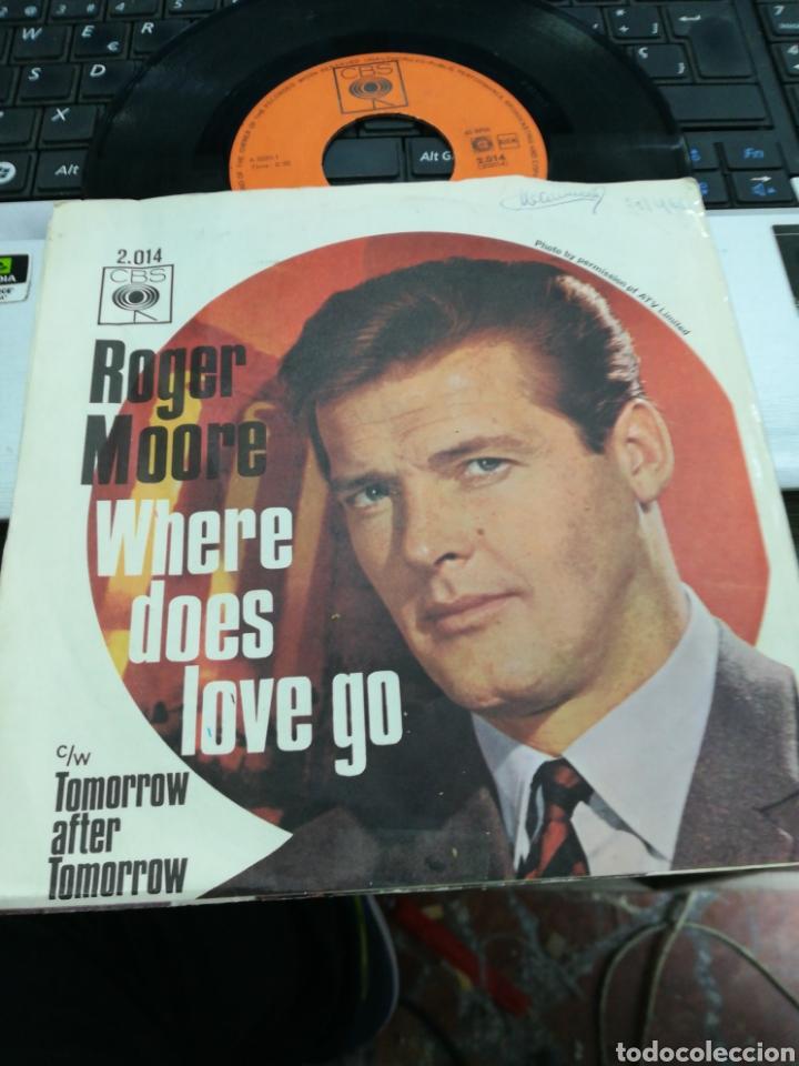 ROGER MOORE SINGLE WHERE DOES LOVE GO HOLANDA 1965 (Música - Discos - Singles Vinilo - Bandas Sonoras y Actores)