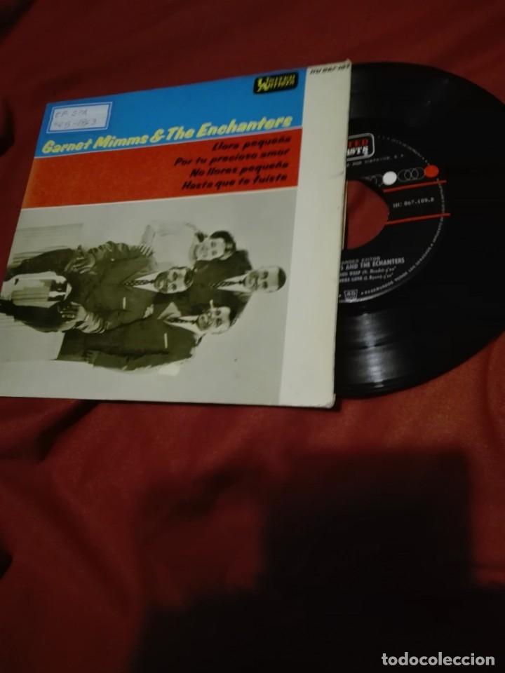 Discos de vinilo: GARNET MIMMS AND THE ENCHANTERS- LLORA PEQUEÑA ( CRY BABY ) + 3 - EP SPAIN 1963 ver foto - Foto 2 - 159353486