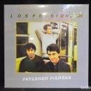 Discos de vinilo: LOS PRISIONEROS - PATEANDO `PIEDRAS - LP REEDICION (PRECINTADO). Lote 159392910
