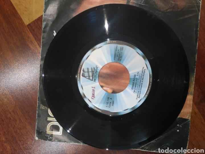 Discos de vinilo: Diana Ross I'm coming out 1-10.138 motown pag.465 1001 canciones que hay que escuchar... - Foto 3 - 159677990