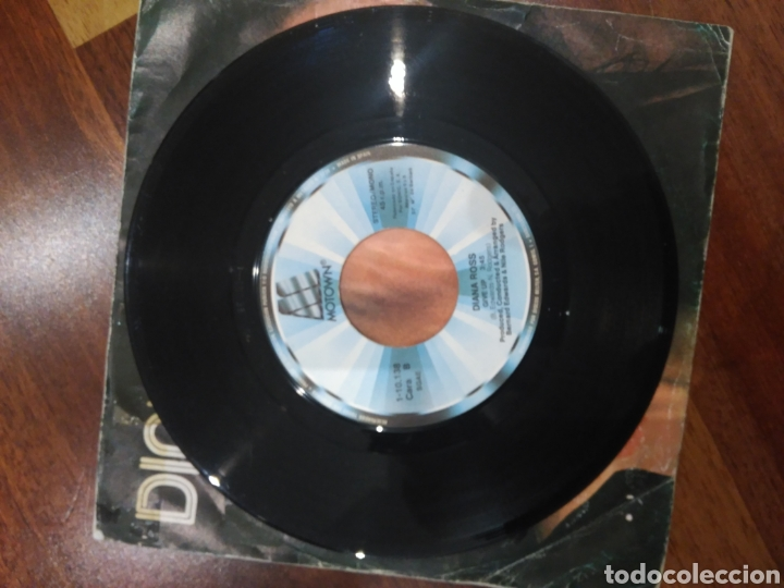Discos de vinilo: Diana Ross I'm coming out 1-10.138 motown pag.465 1001 canciones que hay que escuchar... - Foto 4 - 159677990