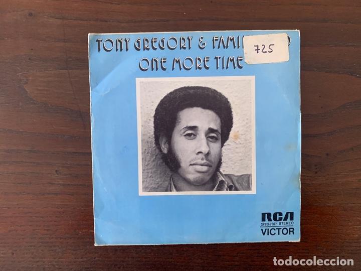 Discos de vinilo: Tony Gregory & Family Child ?– One More Time Sello: RCA Victor ?– SPBO-7007 Formato: Vinyl, 7 - Foto 2 - 159773130