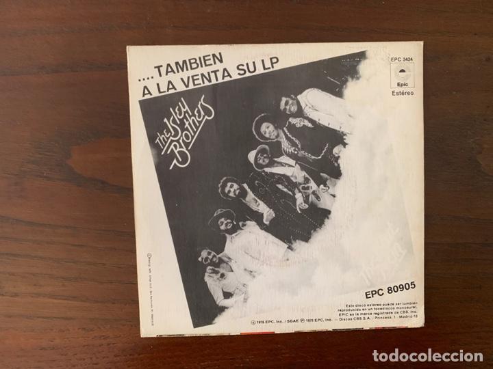 Discos de vinilo: The Isley Brothers ?– Lucha Contra El Poder (Partes 1 Y 2) Sello: Epic ?– EPC 3434 Formato: Vinyl, 7 - Foto 2 - 159774366