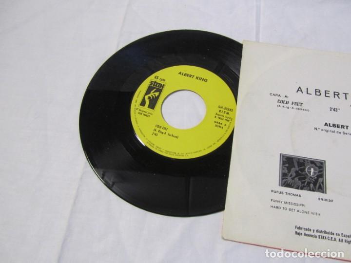 Discos de vinilo: Albert King, Cold feet, you sure drive a hard Bargain 1969 - Foto 3 - 160177818