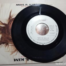 Discos de vinilo: MEL & KIM.THAT'S THE WAY IT IS.1988.. Lote 160355326