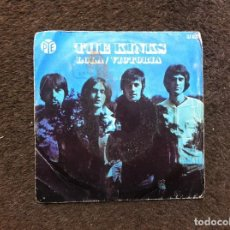 Discos de vinilo: THE KINKS. 1970. SINGLE / EP. 2 TEMAS. LOLA. VICTORIA. Lote 160466970