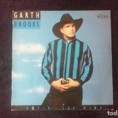 Discos de vinilo: LP GARTH BROOKS, ROPIN THE WIND, 1992. Lote 160585338