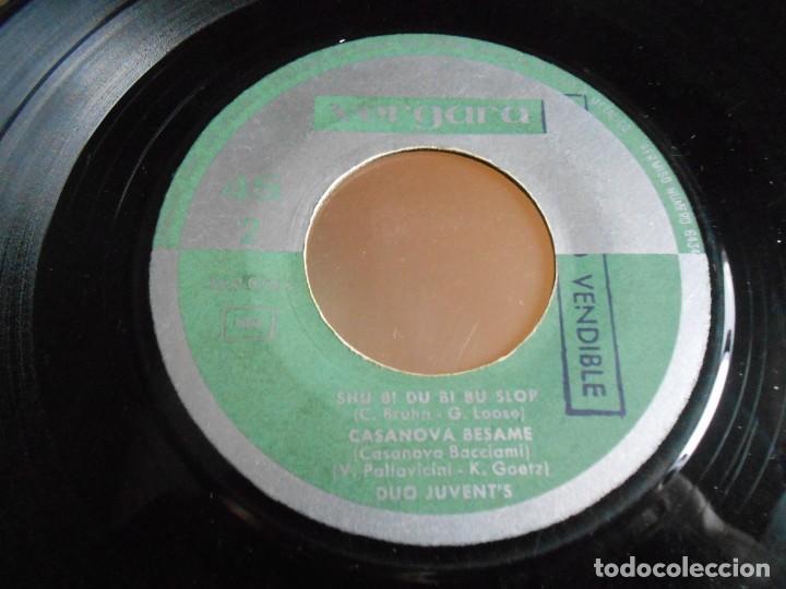Discos de vinilo: DUO JUVENT´S, EP, CASANOVA BESAME + 3, AÑO 1963 - Foto 4 - 161350654
