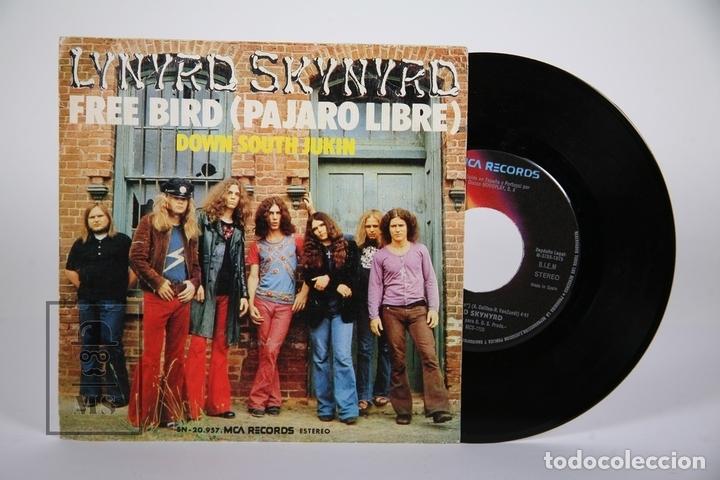 DISCO SINGLE DE VINILO - LYNYRD SKYNYRD / FREE BIRD - MCA - 1975 (Música - Discos - Singles Vinilo - Pop - Rock - Extranjero de los 70)