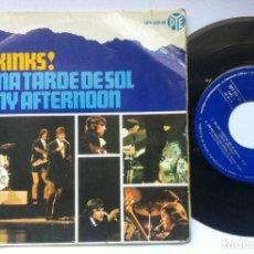 Discos de vinilo: THE KINKS - EN UNA TARDE DE SOL - EP 1966 - HISPAVOX. Lote 161868166